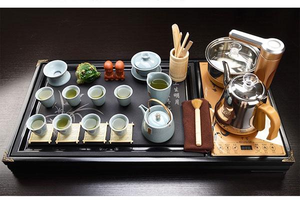 Bàn trà điện là gì?