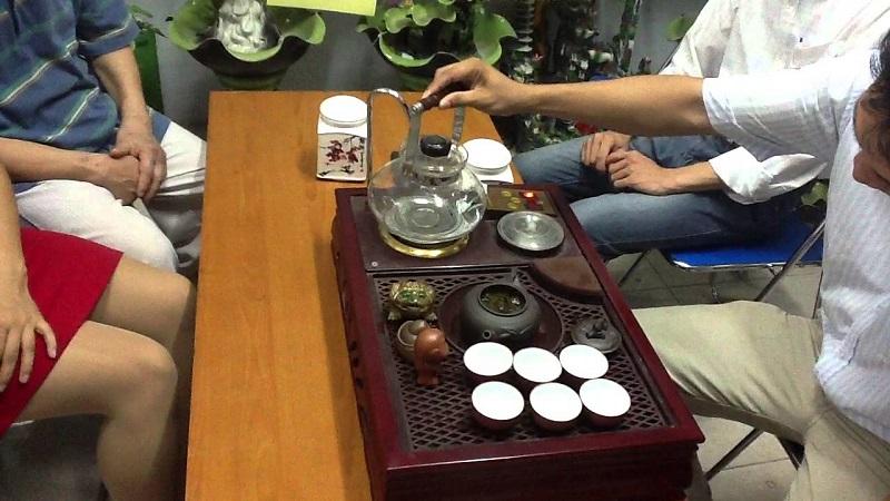 8 mẫu bàn trà điện giá rẻ bán chạy nhất hiện nay