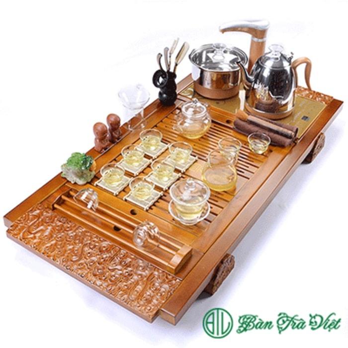 Mẫu bàn trà gỗ sồi vàng trạm hoa tuyệt đẹp